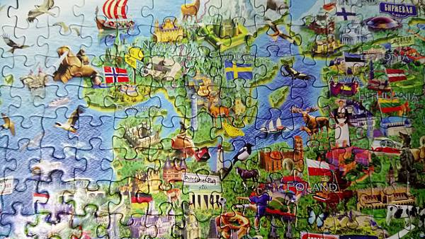 2019.01.31 500pcs Crazy European Map (6).jpg