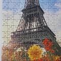 2019.07.10 300pcs The Eiffel Tower among Flowers (1).jpg