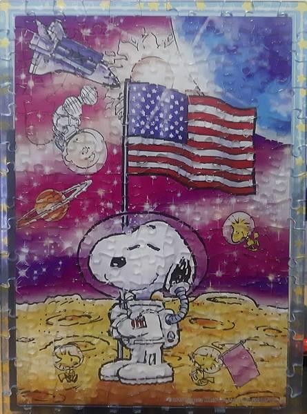 2020.03.10 165pcs Snoopy on Moon (5).jpg