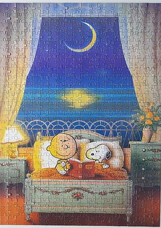 2020.06.05 500pc Moonlight Snoopy (1).jpg