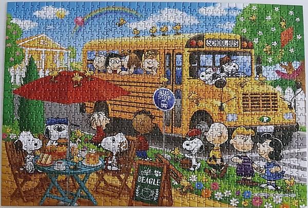2020.07.29-07.30 1053pcs Snoopy School Bus (5).jpg