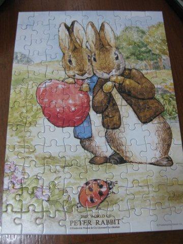 2011.04.09 108 pcs Peter Rabbit - Peter and Benjamin 比得與班傑明 (3).jpg