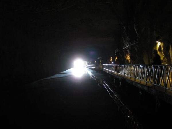 2009.01.04 翟山坑道 (11).JPG
