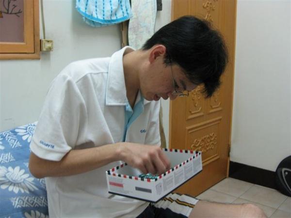 2009.06.27 達文西的秘密1000片mini, 46x30cm (5).JPG