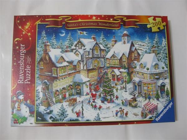 2009.08.25 Santa's Christmas Wonderland.JPG