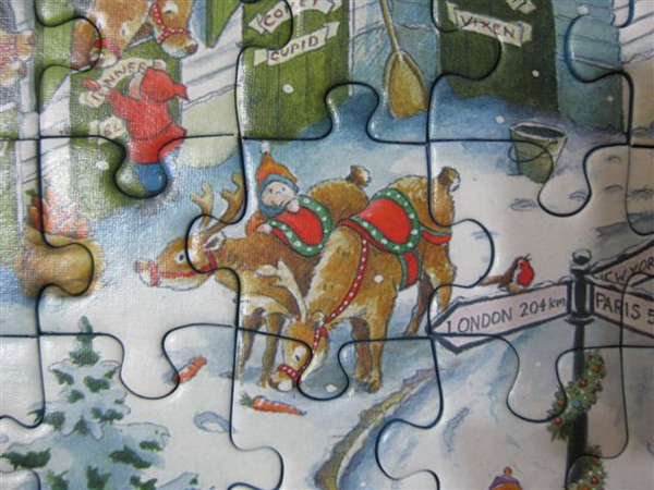 2009.08.25 Santa's Christmas Wonderland (21).JPG