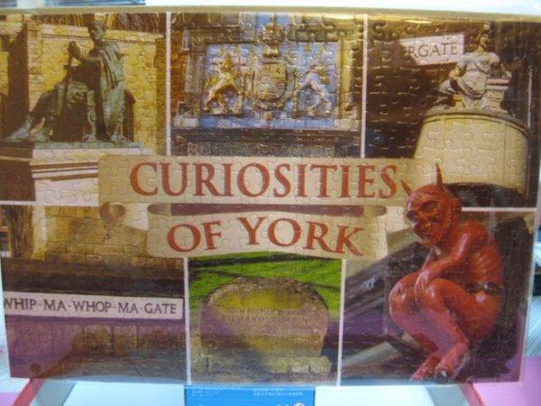 2010.11.02 300 pcs Curiosities of York.jpg