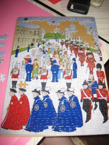 2010.11.02 300 pcs Windsor tea towel Q版 (8).jpg