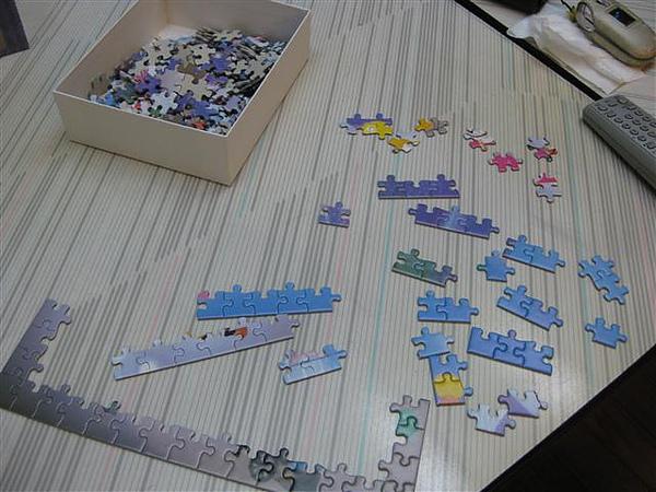 2010.08.31 300片ラベンダー畑の夢 (2).JPG