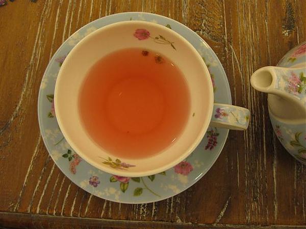 2010.09.04 拼圖咖啡因的新杯子 (1).JPG