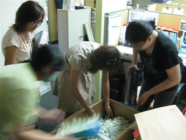 2010.09.03 Liberty到貨 (3).JPG