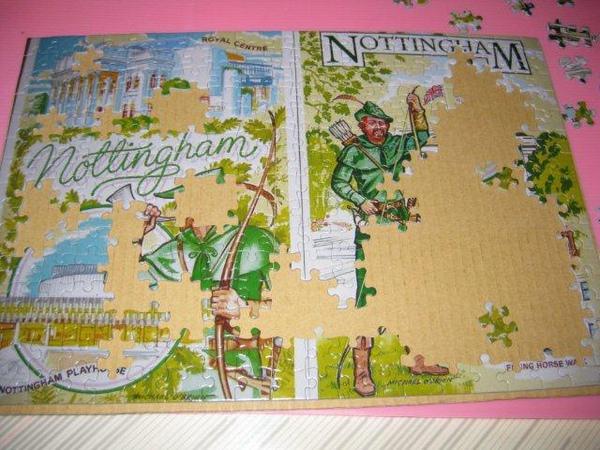 2010.11.03 300 pcs Nottingham, the home of Robin Hood (8).jpg