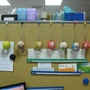 2010.05.25 辦公室裡的鑰匙圈拼圖.JPG