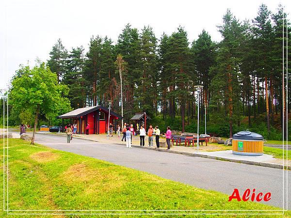 挪威野外民俗博物館01.jpg