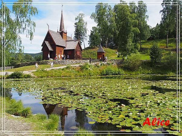 挪威野外民俗博物館03.jpg