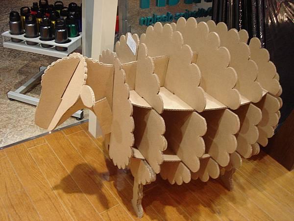 瓦楞紙羊咩咩