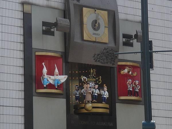 淺草寺外面的鐘