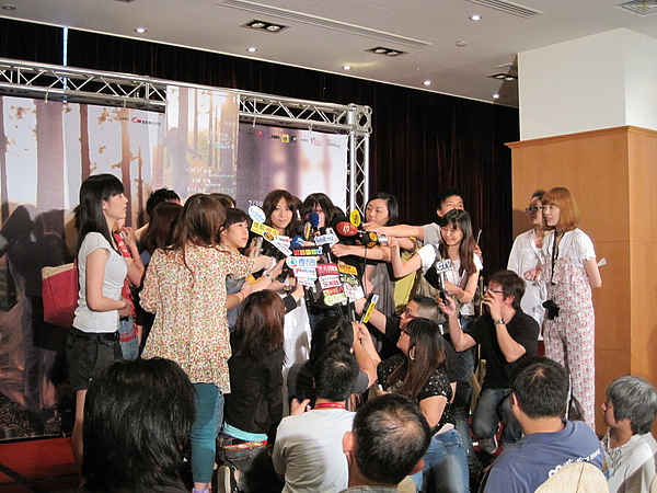 20100521陳綺貞售票記者會