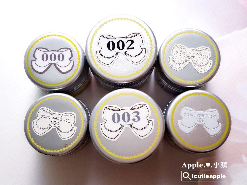 萬用百搭的Leafgel白色系列。小蘋特別將Leafgel所有的白色聚集在一起,依序詳細介紹個別的特色。