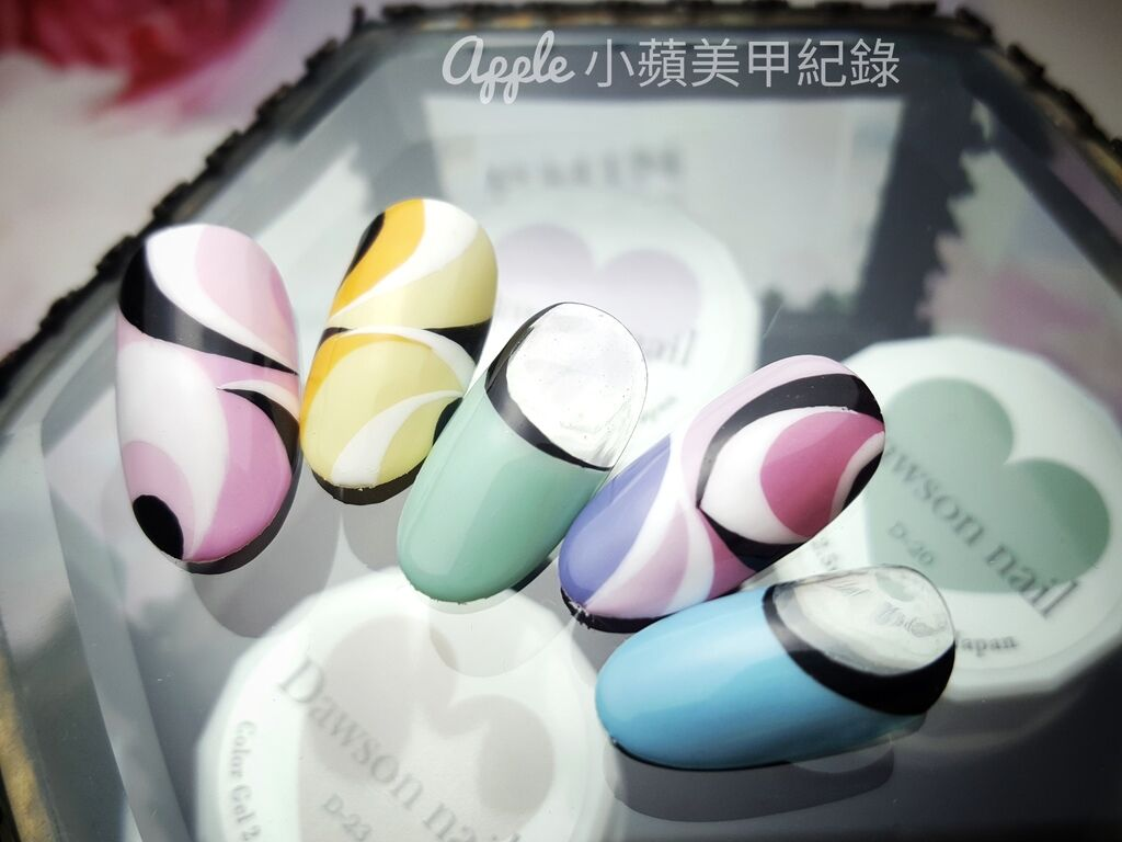 Love-50-01-01:這組色塊彩繪變化款,使用很多剛剛利用全新日本製造Love Dawson罐裝彩膠所調製出的特調色,由左至右依序如下