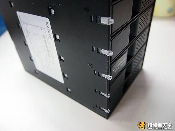 硬碟外接盒_mb975_評測07