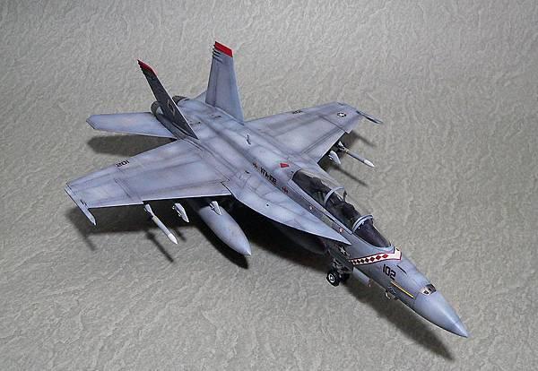 F-18F_002