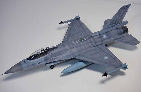 F-16A_007.jpg