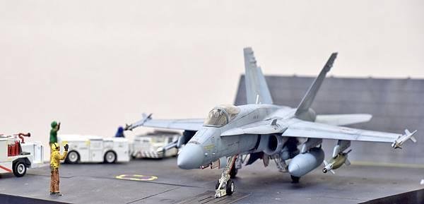 F-18C_001.jpg