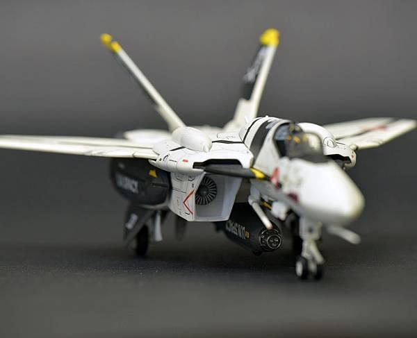 VF-0S_008.jpg