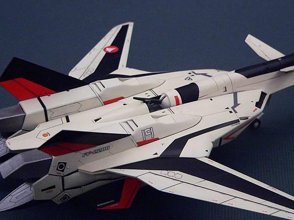 YF-19_006.jpg