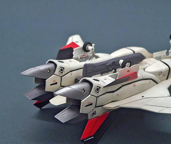 YF-19_009.jpg