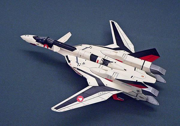 YF-19_011.jpg