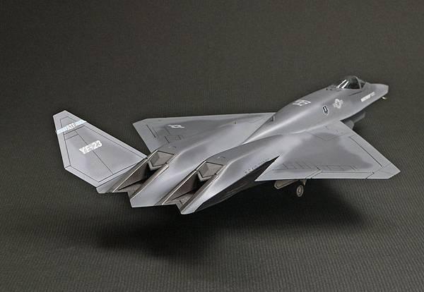 YF-23_004.jpg