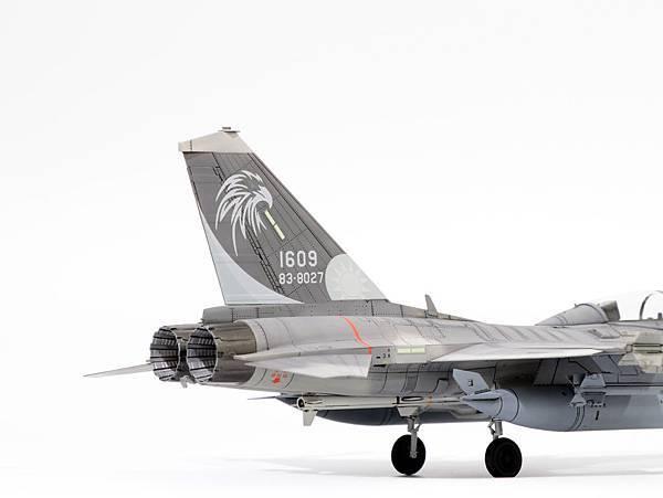 F-CK-1B_006.jpg