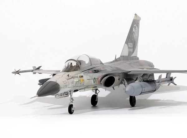 F-CK-1B_003.jpg