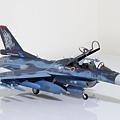 F-2B_005.jpg