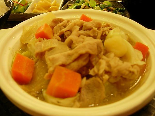 馬鈴薯燉肉-高湯熬煮!不加味精!
