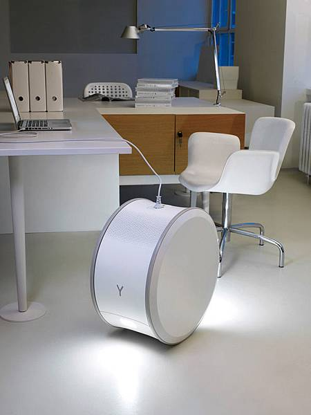 6) Yill Mobile Energy Storage Unit for the Office by Studio Aisslinger.jpg