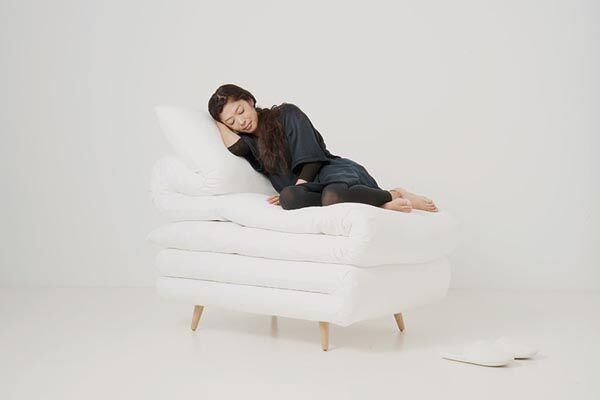 Sleepy-Chair-by-Daisuke-Motogi-Architecture.jpg