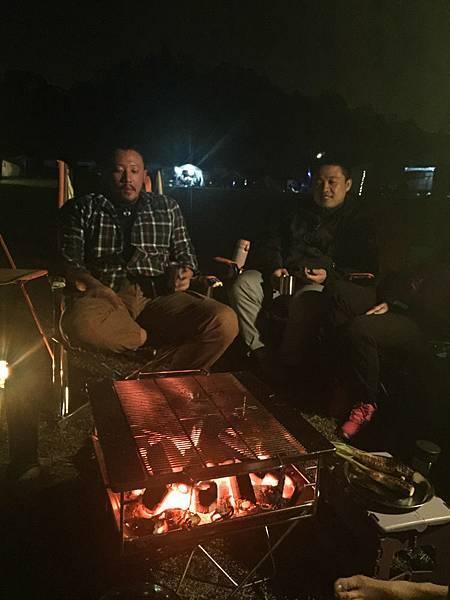 露營 焚火台