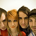 Paramore-band-fr03.jpg