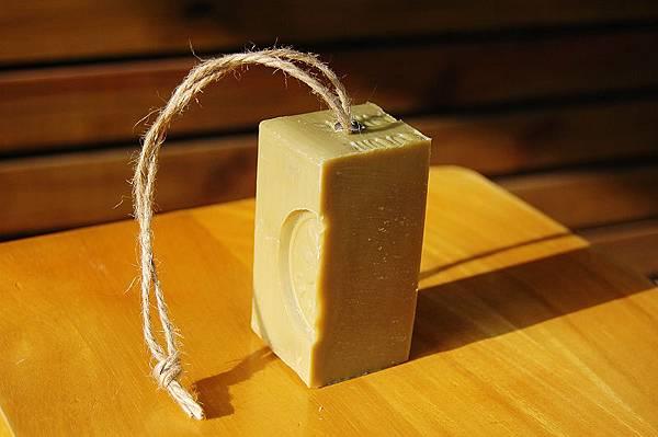 四分之一橄欖吊皂