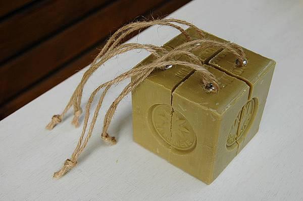 600g橄欖皂切皂及吊皂