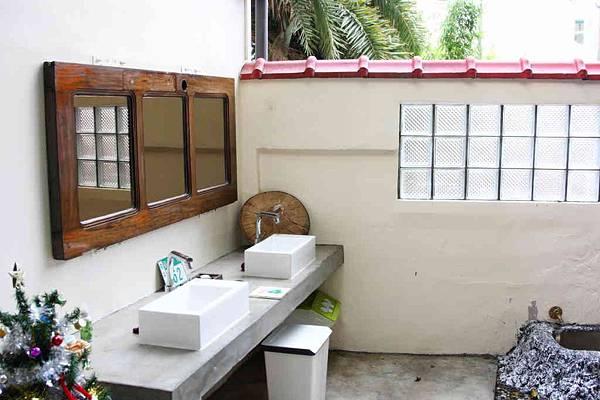 洗手台白天