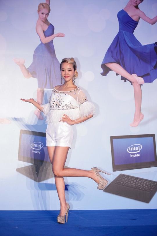 英特爾新聞照片_「Intel千變萬幻 綻放精采」 記者會_4.jpg