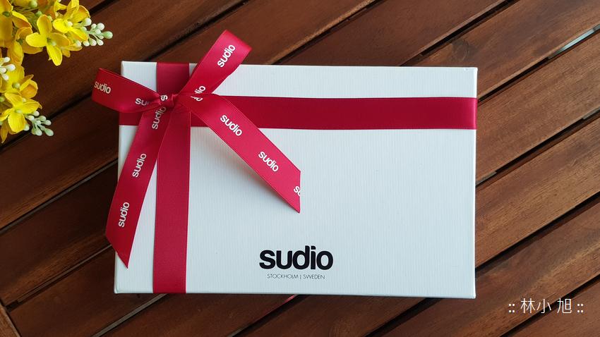 跑步時耳機容易滑落嗎?試試看這款 Sudio X Tre 運動藍牙耳機吧!不只跑步能穩穩掛在耳朵上,平常直播收音也超方便的!現在結帳輸入 ifans15 折扣碼直接 85 折優惠 ^^