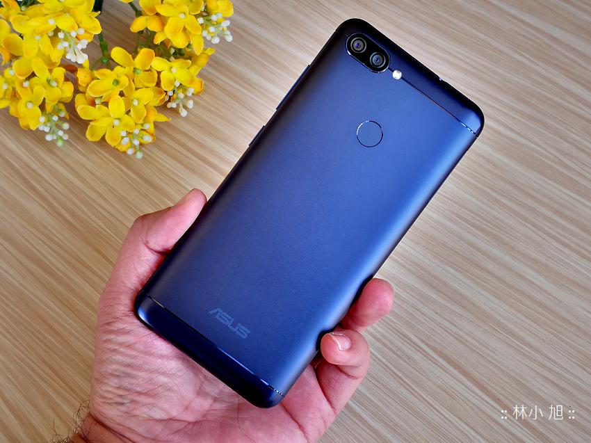 ASUS 華碩ZenFone Max Plus (M1) 開箱 (23).png