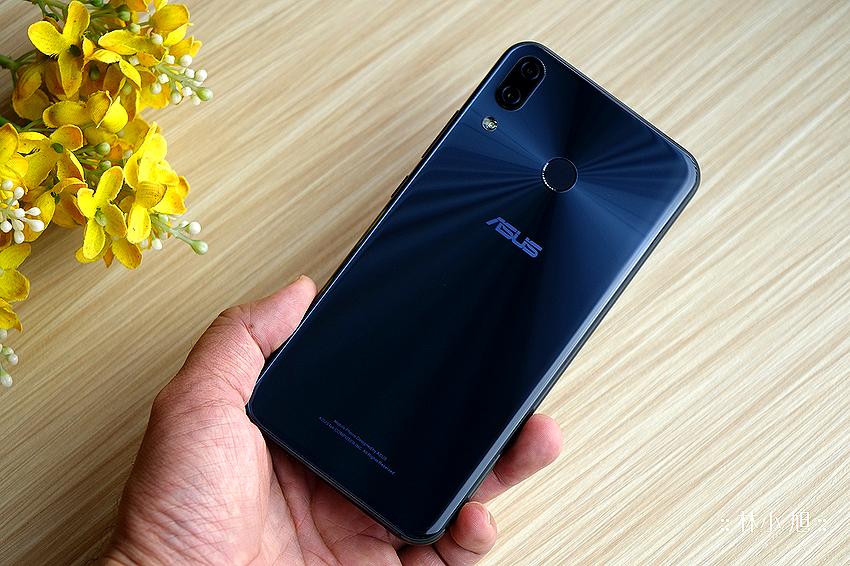 雙鏡頭 ASUS 華碩 ZenFone 5 開箱(ifans) (2).png
