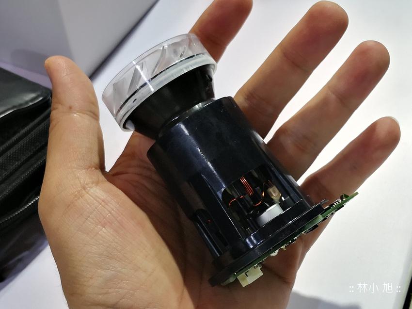 戴森 Dyson Cyclone V10 無線吸塵器 (ifans 林小旭)-總部人員解說奧秘 (18).png