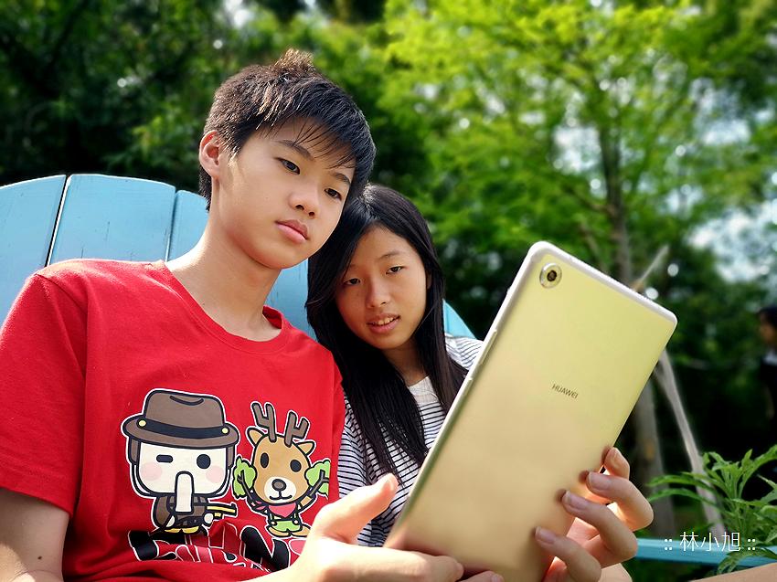 HUAWEI MediaPad M5 平板電腦開箱(ifans 林小旭) (2).png